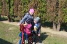 Zabawy wiosenne na placu zabaw
